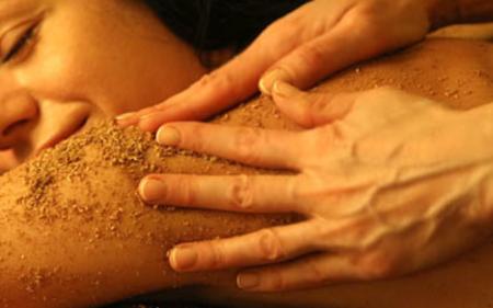 Удвартана - порошковый энергетический массаж всего тела