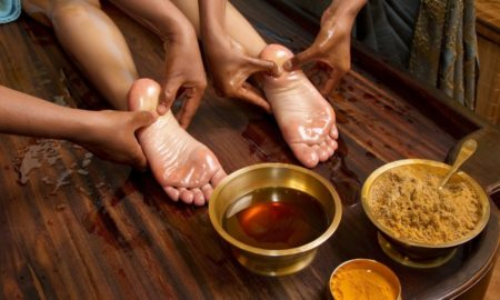 Ayurveda_Oil-foot-massage-1024x6771-1000x600